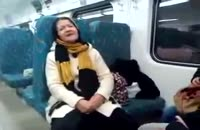 هنرنمایی این زن در متروی تهران