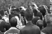 اجرای زنده خیابانی آهنگ شاید از مجید خراطها