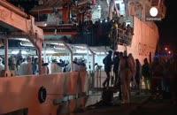 نجات ۱۵۰ نفر مهاجر غیر قانونی از آبهای مدیترانه