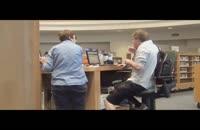 سرو صدا کردن در کتابخانه