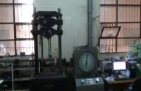 تست کشش پیچ در آزمایشگاه کنترل کیفیت سازه امیرکبیر