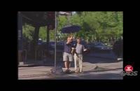 رد شدن نابینا از خیابان