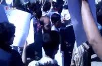 لحظه ورود هاشمی رفسنجانی به دانشگاه امیرکبیر و اعتراض دانشجویان [فدایی دو ارباب]