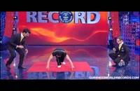 رکورد شنا رفتن روی یک انگشت