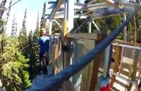 پائین آمدن از قله کوه زیپ لاین!