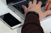 بررسی اسمارت بند تاک، دستبند هوشمند سونی - زومیت