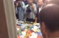 لحظاتی از حضور امام خامنه ای در نمایشگاه کتاب