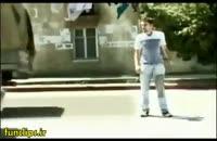 کلیپ خنده دار و جالب رد شدن از خیابان