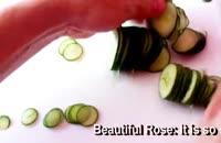 میوه آرایی خیار به شکل دسته گل!!