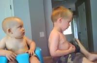 دعوای جالب دو نوزاد برادر!